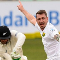 Dale-Steyn-of-the-Proteas-celebrates-the-wicket-of-Martin-Guptill-of-New-Zealand