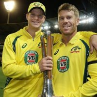 MELBOURNE, AUSTRALIA - DECEMBER 09:  Steve Smith and David Warner of Australia pose with the trophy after winning game three of the One Day International series between Australia and New Zealand at Melbourne Cricket Ground on December 9, 2016 in Melbourne, Australia.  (Photo by Scott Barbour - CA/Cricket Australia/Getty Images)